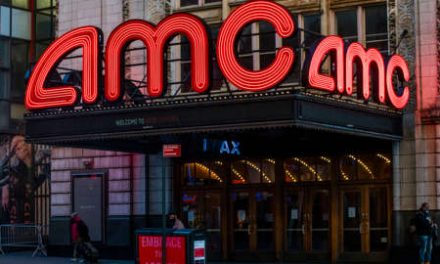 AMC Theatres Sets New 2020 Re-Opening Window